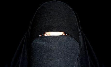 niqab-manif-Jamat-Tawhid.jpg