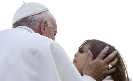 pape francois migrants charite