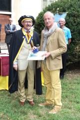 Bertoni e Angelino consegna medaglia