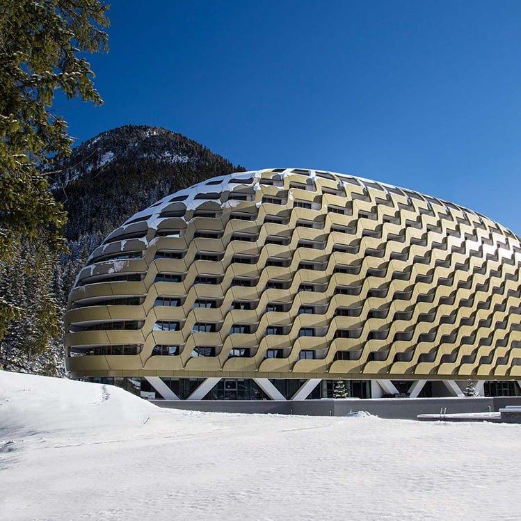 Hotel Intercontinental, Davos, mit Weinkeller von CaveauStar