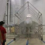 VÍDEO: Boeing divulga teste de chuva em caça Super Hornet