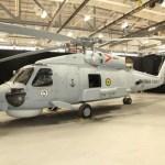IMAGEM: Helicóptero MR-60R Seahawk nas cores da Marinha Brasileira