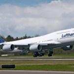 Boeing entrega o 1º 747-8 Intercontinental à Lufthansa