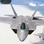 Corte no orçamento de defesa poderá reativar linha de produção dos F-22 Raptors