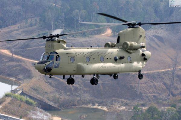 Um dos helicópteros CH-47F do Exército dos EUA. (Foto: Boeing)