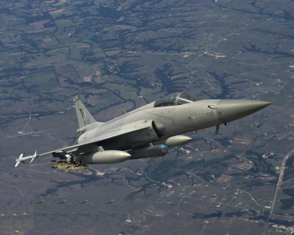 País sul-americano interessado no JF-17. (Imagem: Pakistan air force)