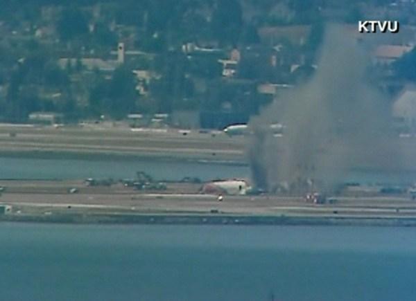 boeing 2 600x435 - Acidente com Boeing 777 em San Francisco, EUA