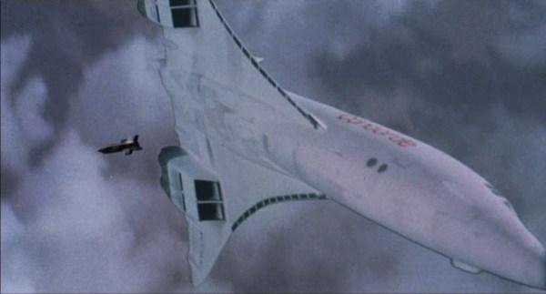 ...que tenta abater o Concorde e destruir as provas contra a sua reputação.