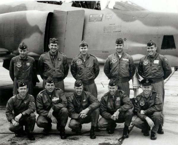Pilotos australianos em treinamento nos EUA.