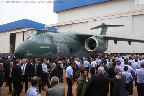 A aeronave de transporte militar KC-390 da Embraer, foi apresentada oficialmente no dia 21 de outubro de 2014. (Foto: Fernando Valduga / Cavok)