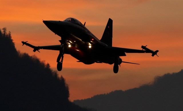 F-5 II