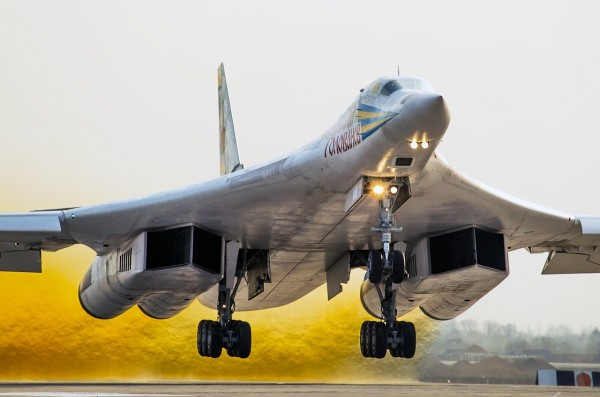 Tupolev Tu-160 1