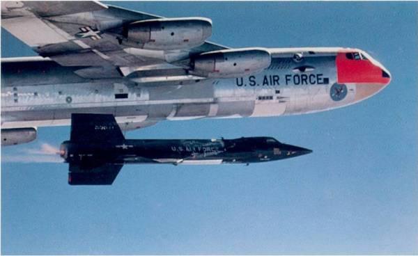 Liberação e ignição de foguete 2