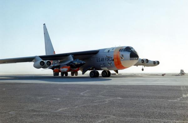 Take-off carried by NASA NB-52B 1