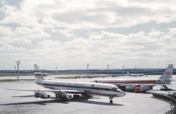 Douglas DC-8, Panair PP-PDT, Bandeirante Brás Cubas