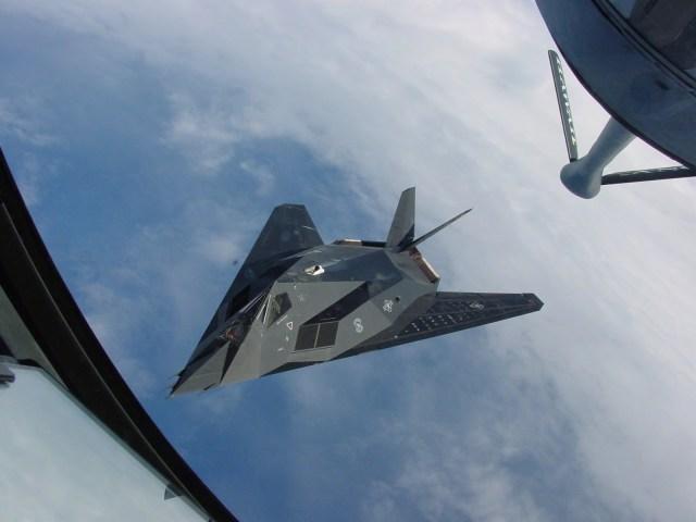 F 117 capa - GUERRA FRIA: Como o mundo imaginava o F-117