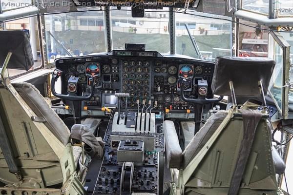 Detalhes do cockpit e do interior do C-130 incorporado ao MUSAL. (Fotos: Mauro Lins de Barros / Cavok)