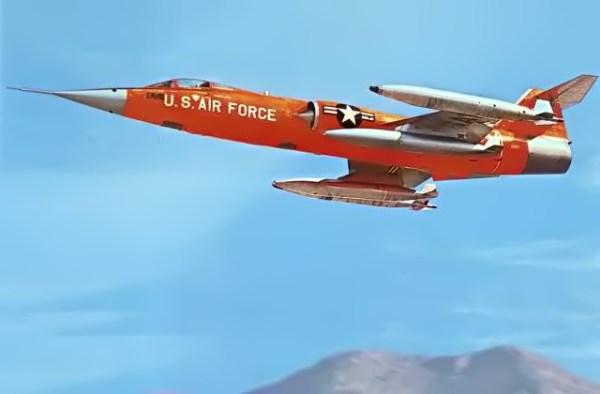 Lockheed-QF-104A-Starfighter-high-speed-drone.jpg