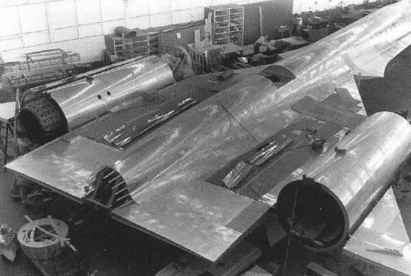 modelo em escala real do A-12 para testes de validação do RCS - Lockheed Martin (2)