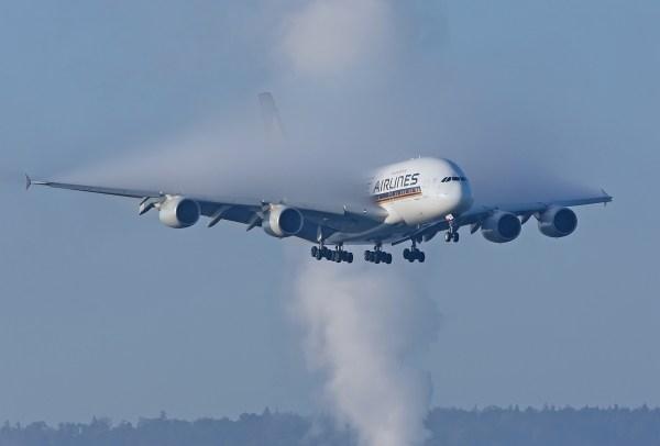 singapore airlines a380 800 smokey on 600x406 - IMAGEM: Vaporzinho...