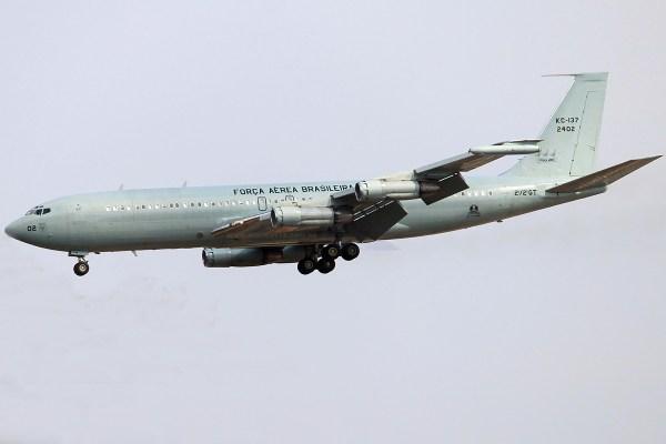 Boeing KC-137 (707) - FAB 2402 (Rosvalmir Afonso Delagassa)