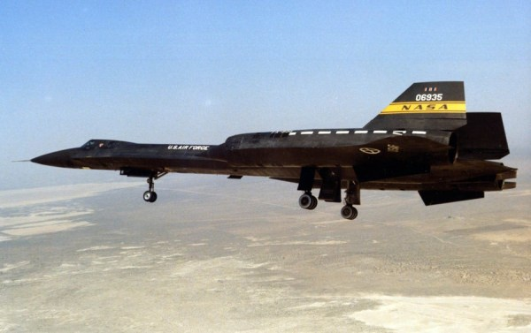 Lockheed YF-12A, Artigo 1002 (60-6935), 1975 – James C. Goodall Collection