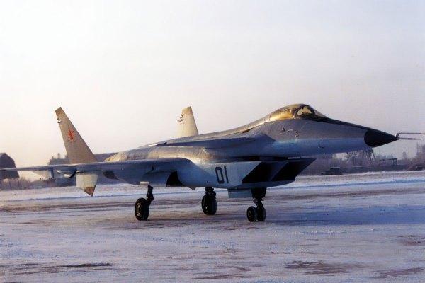 Mikoyan 144 (6)
