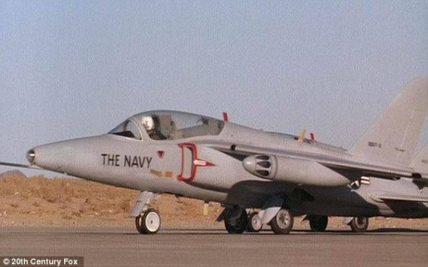 The_jet_received_a_paint_job_for_the_movie_and_was_called_the_Os-a-23_1440519431872