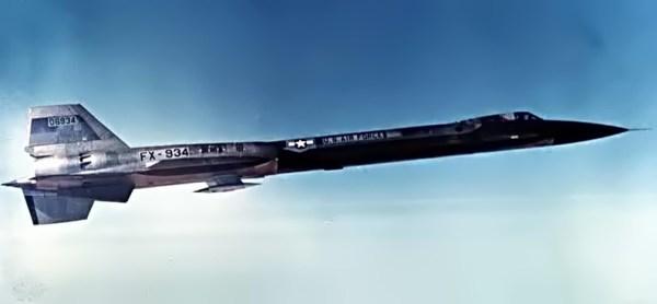 Voo de teste do primeiro protótipo do Lockheed AF-12 (YF-12A), Artigo 1001 (60-6934) – Lockheed Martin (2)
