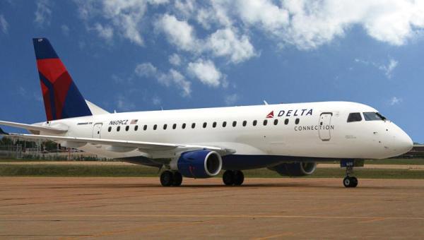 Um Embraer E175 nas cores da Delta Airlines. (Foto: Embraer Commercial Jets)