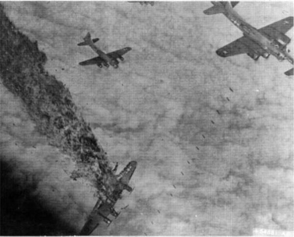 mapa5 600x483 - BOMBARDEIROS DA II GUERRA: A batalha de Schweinfurt