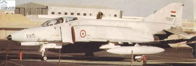 Um dos 33 McDonnell Douglas F-4E Phantom II utilizados pelo Comando de Caças do Egito. Eles se tornaram o símbolo do estreitamento das relações entre aquele país árabe e os EUA.