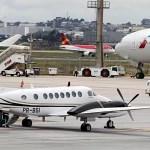 Piloto ignora instrução, e aviões quase colidem na decolagem no DF