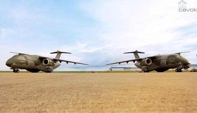 Embraer KC-390 (2º protótipo direita)