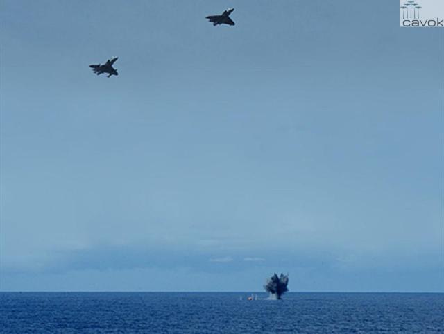 Caça AF1 modernizado lança bombas BAFG-230