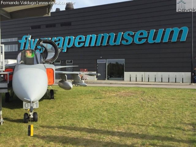 13224169 10207698185067359 780677843 o - Cavok visita o museu da Força Aérea Sueca