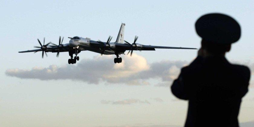 "russia tu 95 bomber air force - Bombardeiros do pós-guerra: Tupolev Tu-95 ""Bear"""