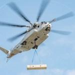 Helicóptero CH-53K King Stallion ultrapassa marca de 12 toneladas de carga externa