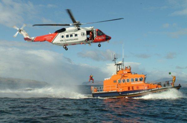 Um Sikorsky S-92 operado por uma empresa privada em nome da Guarda Costeira Britânica. (Foto: Lockheed Martin)