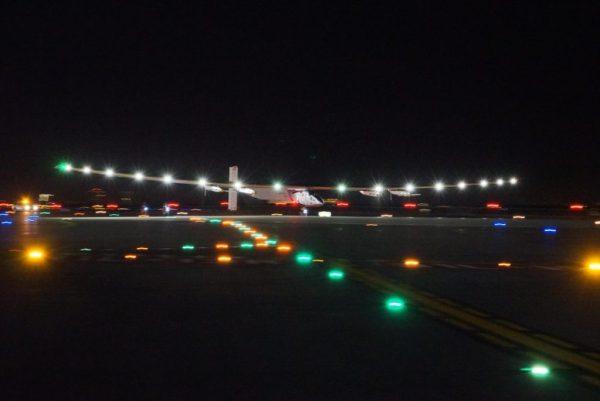 Momento do pouso no JFK. (Foto: Solar Impulse)