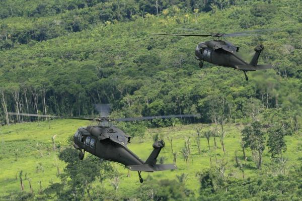 Uma década da aeronave H-60L operando na FAB. (Foto: Agência Força Aérea)