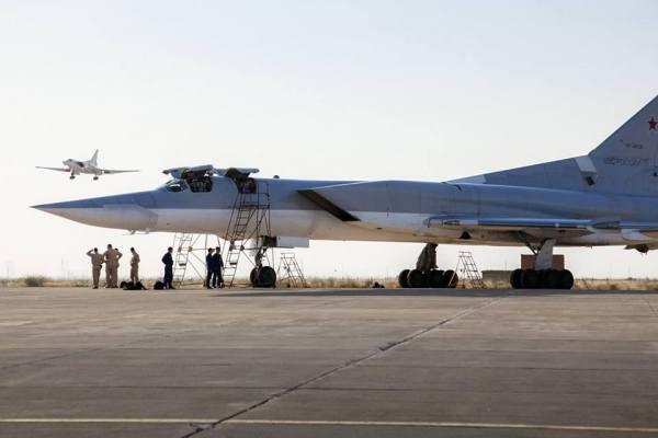 Bombardeiros Tu-22M3 estão partindo de uma base aérea no Irã para atacar o Estado Islâmico na Síria.