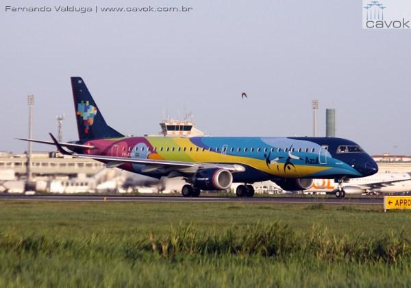 A Azul opera com 136 aviões da Embraer, ATR e Airbus. (Foto: Fernando Valduga / Cavok)