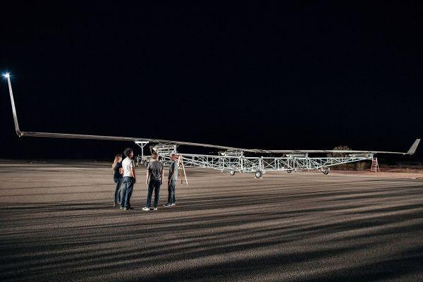 Mark Zuckemberg foi pessoalmente acompanhar o primeiro voo do Aquila.