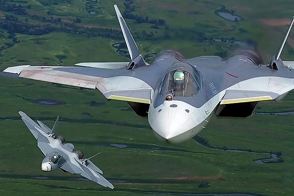 O Ministério de Defesa da Rússia disse que vai confirma compra do primeiro esquadrão de caças PAK FA em 2017. (Foto: Martina Lisenko)