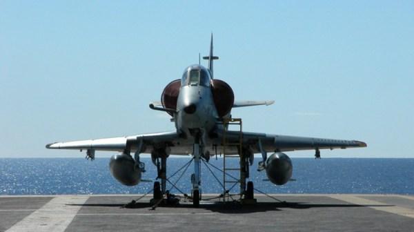 A Marinha do Brasil cancelou as buscas pelo piloto e caça AF-1 que sofreu um acidente no dia 26 de julho.