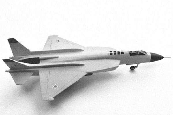 O avançado projeto Yak-43 da fabricante russa Yakovlev.