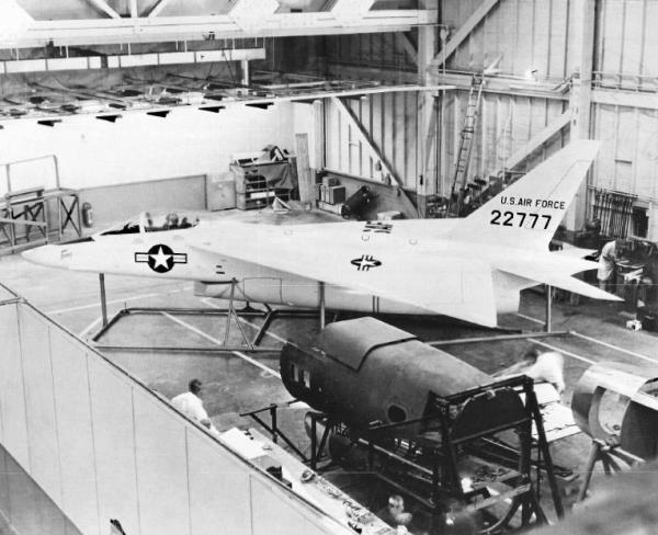 Um mock-up chegou a ser fabricado, mas o projeto não seguiu adiante, e os serviços da Força Aérea e Marinha dos EUA escolheram o F-4 Phantom II.