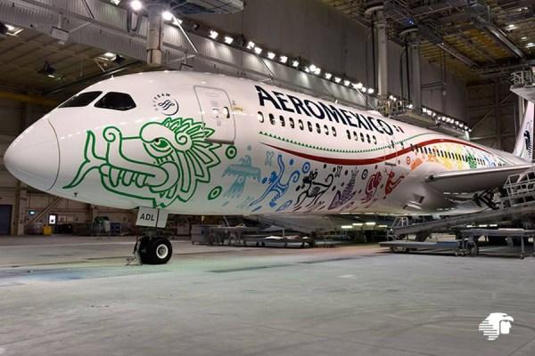 O primeiro Boeing 787-9 Dreamliner da Aeroméxico recebeu a especial pintura Quetzalcoatl, que venceu um concurso realizado nas redes sociais. (Foto: Aeroméxico)