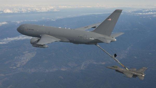 O Japão selecionou o KC-46A em setembro de 2015, e agora está na fase contratual para finalizar a compra. (Foto: U.S. Air Force)